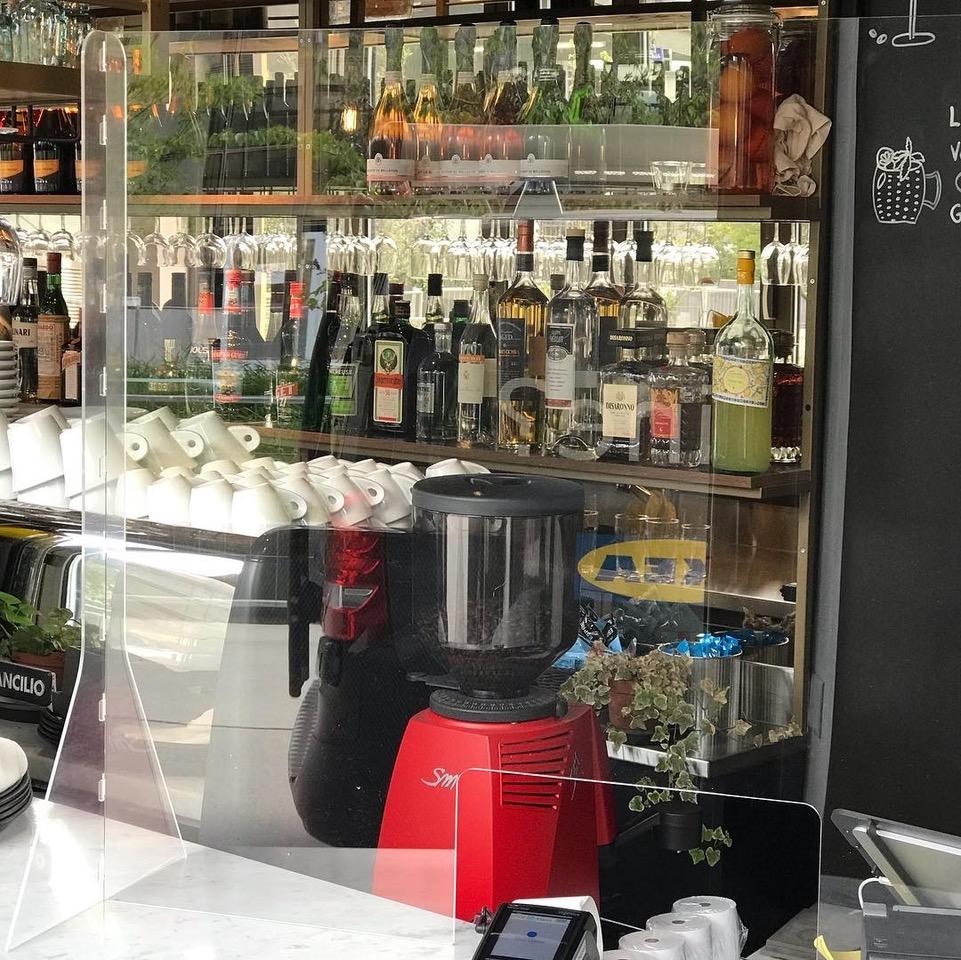 Ecran bouclier de protection plexi comptoir d'accueil restaurant café bar protectio