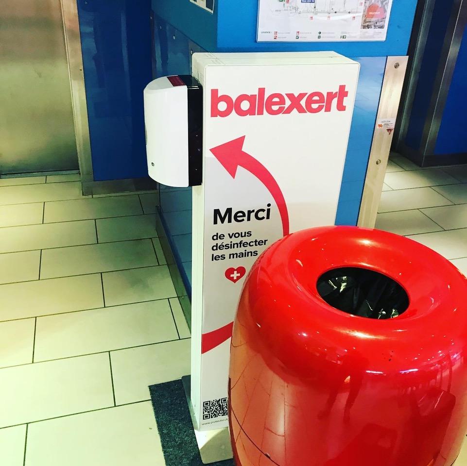Distributeur solution hydroalcoolique safe station Balexert Proetctio