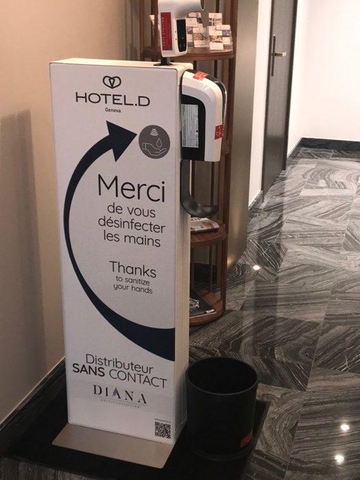 Distributeur gel hydroalcoolique-restaurant hotel maison hote